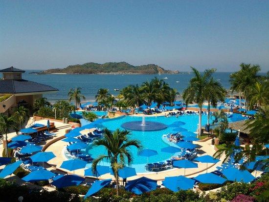 Azul Ixtapa Beach Resort & Convention Center: Favourite Pool