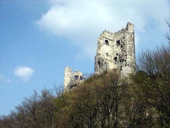 Drachenfels: Bergfried