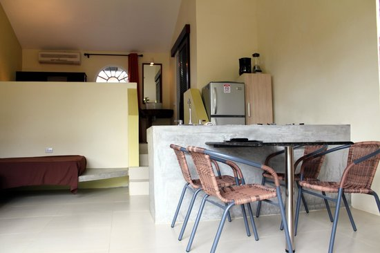 Hotel Nahua: dining area