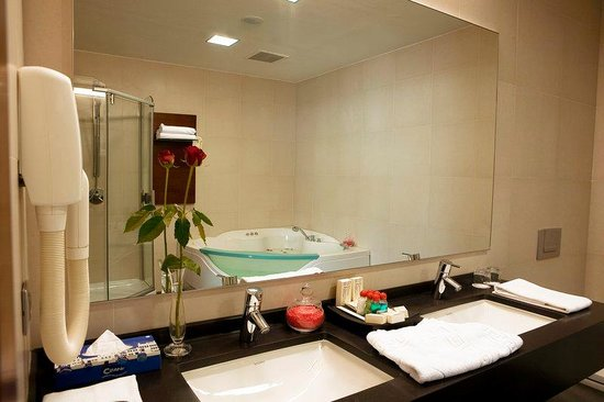 Penthouse Bathroom at Nippon Hotel Istanbul