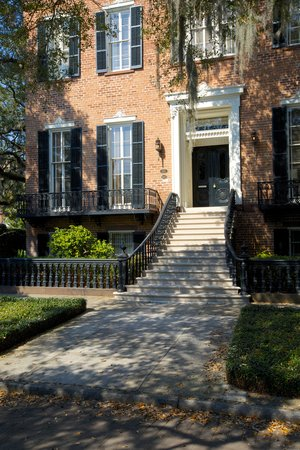 Capturing Savannah - Photography Tours: Southern Architecture