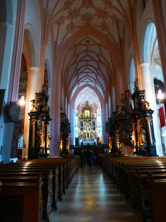 Panorama Tours Original Sound of Music Tour: The church where Maria marrys the Captain