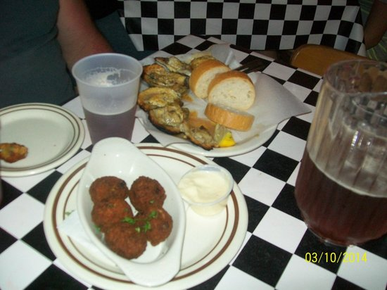 Acme Oyster House: Yummy!!