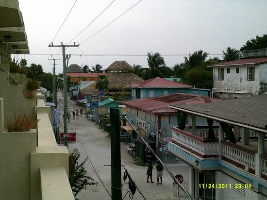 Caye Caulker Plaza Hotel: View from our room balcony