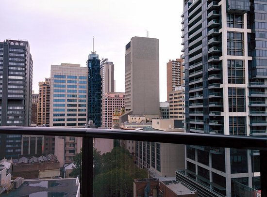 Meriton Serviced Apartments Kent Street: View from room