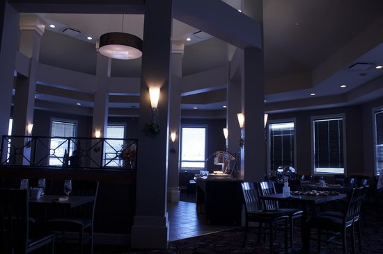 Executive Royal Hotel Calgary: Buffet Breakfast Area