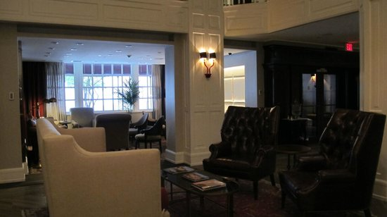 The Lancaster Hotel: Lobby