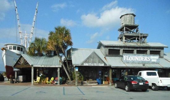 Flounder's Chowder House : Facade