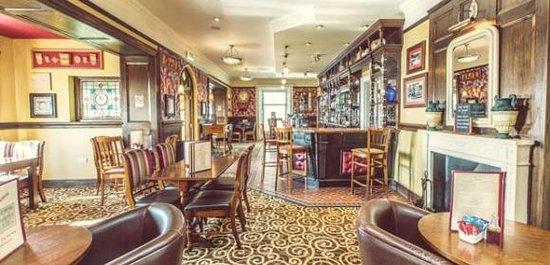 The Terminus Tavern: Lounge