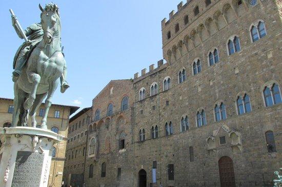 Piazza della Signoria : Cosimo
