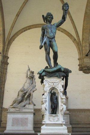 Piazza della Signoria : Perseus