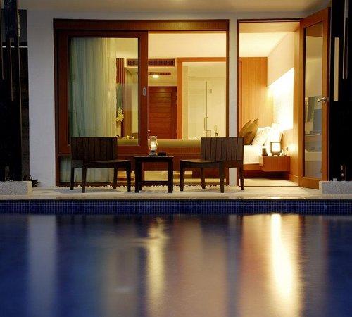 La Flora Resort Patong : Deluxe Pool Access Room