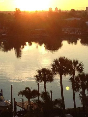 Palms of Treasure Island: Sunrise from the east side of the building where the pool is located