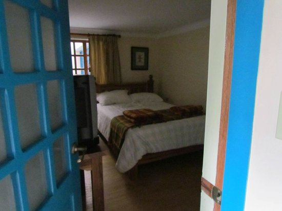 Vieja Cuba : Bedroom what you see is what you get