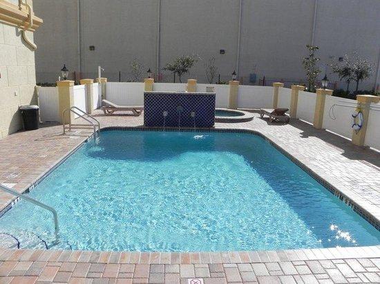 La Quinta Inn & Suites Tampa Central : Pool view