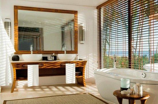 The Residence Zanzibar: Prestige Pool Villa Bathroom
