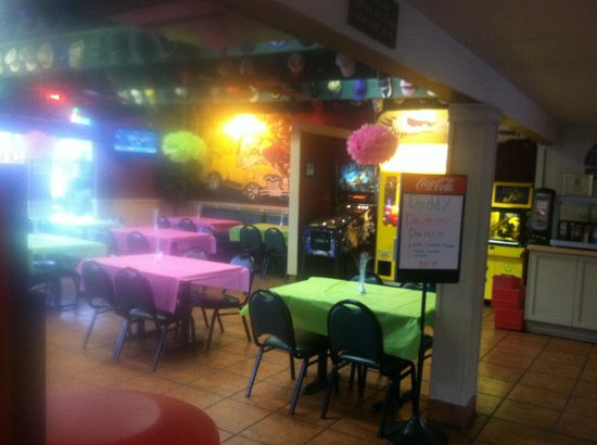 Pizza factory decorated for the daddy daughter dance