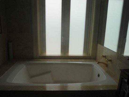 Country Club Lima Hotel: banheiro