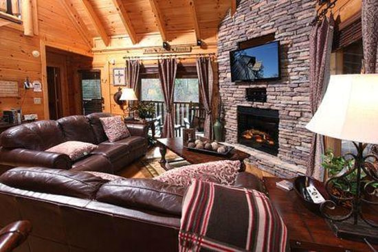 Bear Creek Crossing Resort : family room