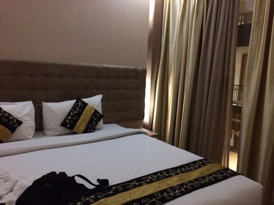 Rivavi Fashion Hotel: Room gold