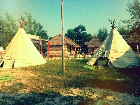 Footprints Rooms: the Tipi