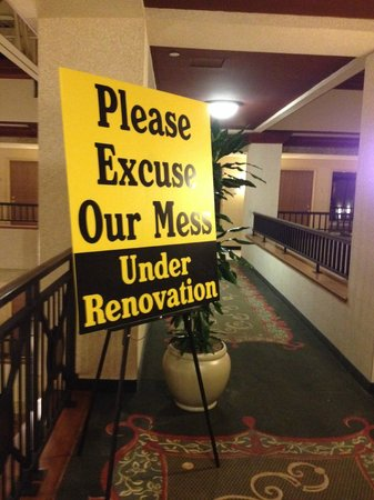 Embassy Suites by Hilton Lexington: Ask for a renotaved room.