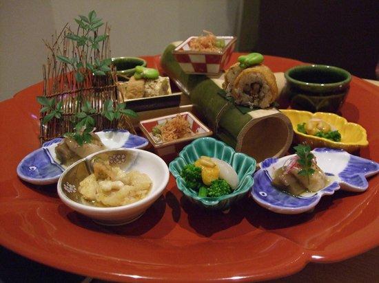 Ise Shinsen : 夕食「弥生」前菜