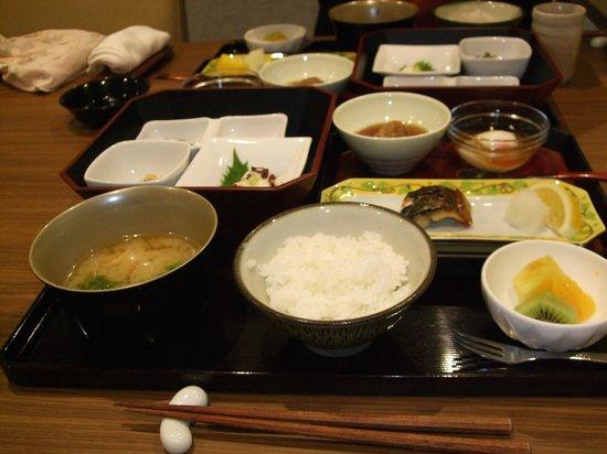 Ise Shinsen: 朝食