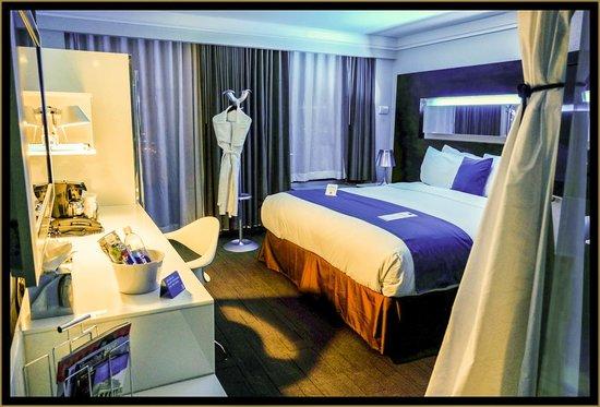 Hotel Le Bleu: Le Bleu King Room