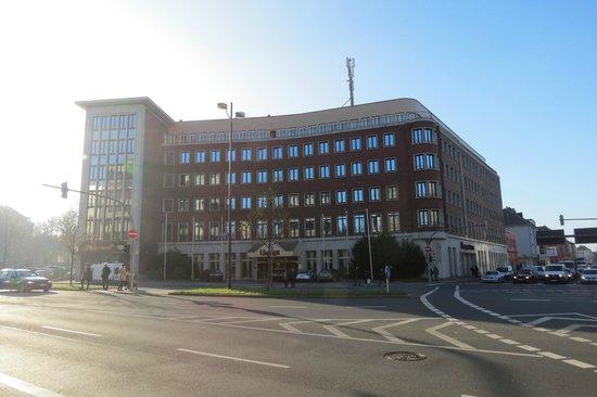Novum Hotel Unique Dortmund Hauptbahnhof: Vista do hotel