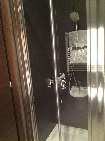 Hotel Club Florence: Lato doccia