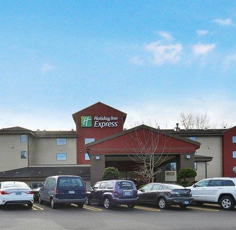 Holiday Inn Express Portland SE-Clackamas Area : Hotel Exterior
