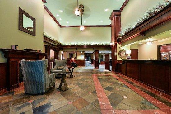 Holiday Inn Express Portland SE-Clackamas Area : Hotel Lobby