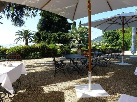 Villa della Pergola: Breakfast on the Terrace