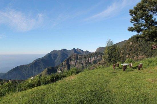 Hill Safari Eco Lodge Ohiya: The view from Hill Safari