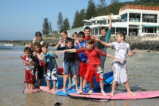Wyuna Beachfront Holiday Apartments: Surf Lessons