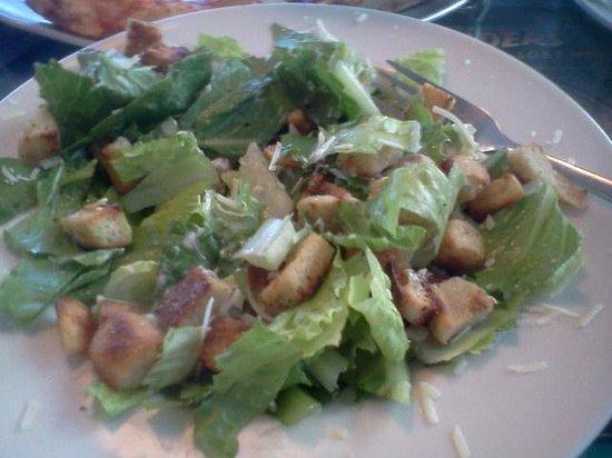Pie Slingers : Caesar salad