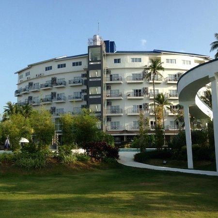 Best Western Cebu Sand Bar Resort : 見た目だけのホテルです。