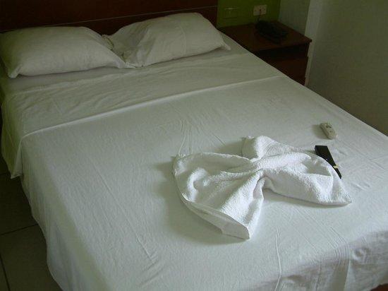 Hotel La Casona Iquitos: BEDROOM
