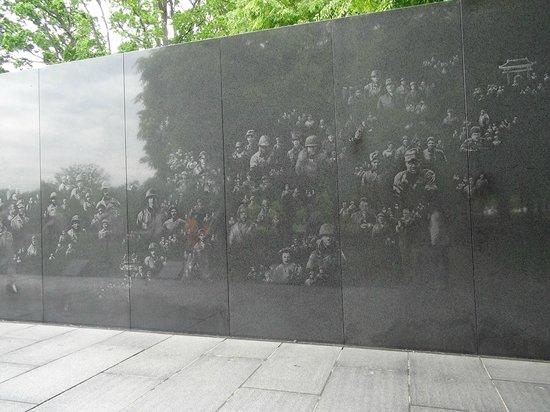 Korean War Veterans Memorial: Monumento a los Veteranos de la Guerra de Corea