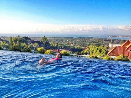 MaxOneHotels at Bukit Jimbaran : Enjoy ��☀️