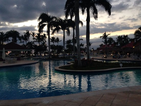 Grand Bahia Principe La Romana: Just before dusk