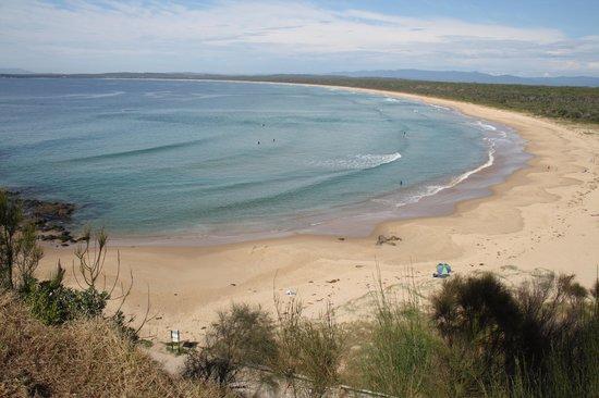 Ingenia Holidays Broulee: Broulee beach