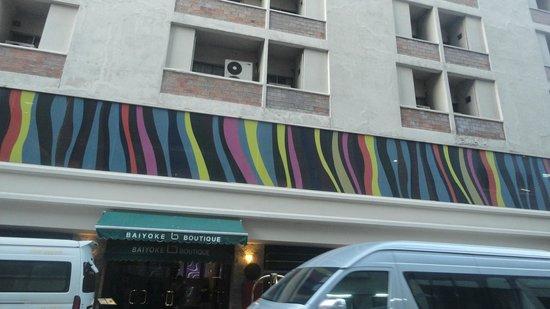 Baiyoke Boutique Hotel: Hotel outside