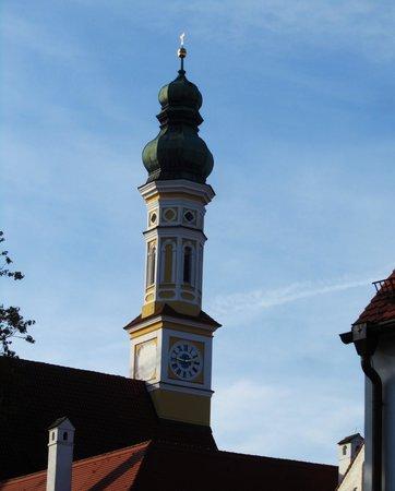 Hotel Restaurant Weihenstephaner-Stuben: Baroque Church Tower