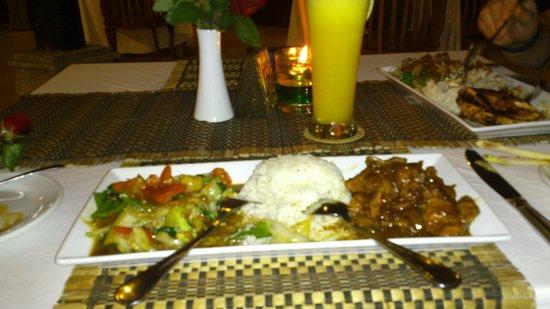 Kind Villa Bintang Resort & Spa: Heerlijk eten in het restaurant