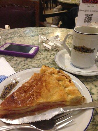 Cafe Tortoni : Tarta queso y jamón