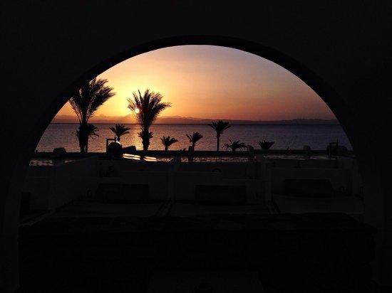 Le Meridien Dahab Resort: La première image du premier matin ... Vue de la chambre ...