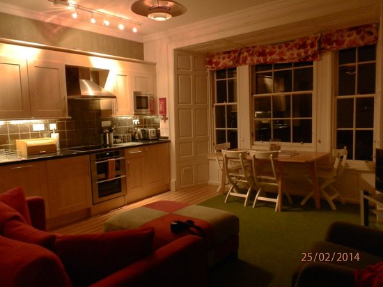 Stay Edinburgh City Apartments - Royal Mile: Кухня