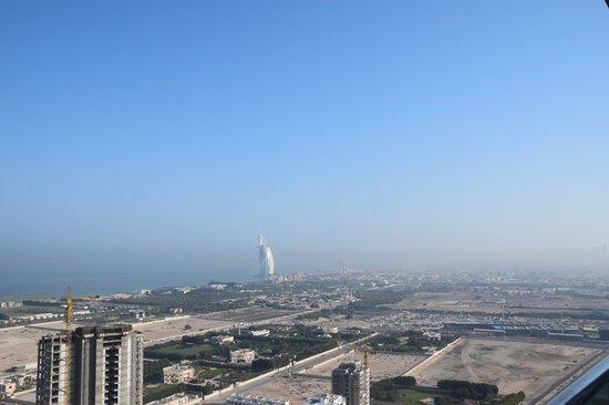 Fraser Suites Dubai: Vue sur le Burj Al Arab